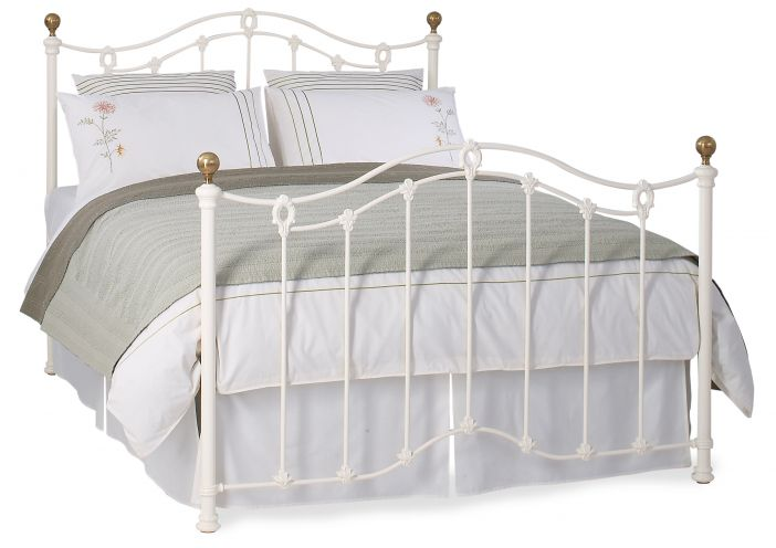 Clarina in Ivory Bed